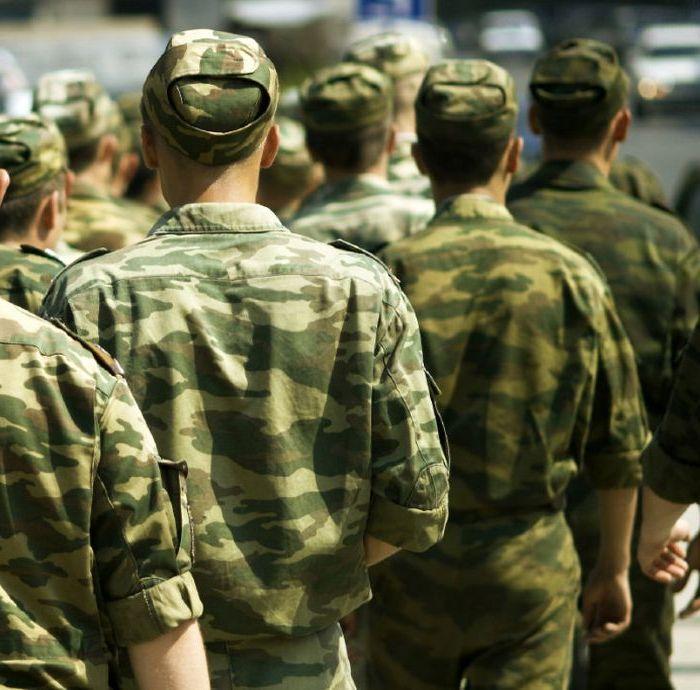 берут ли в армию с вич